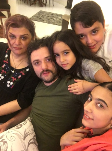 shahab-mom-nephews-nieces
